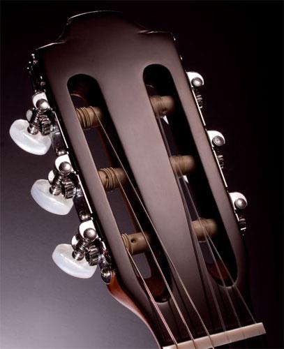 Головка грифа классической гитары